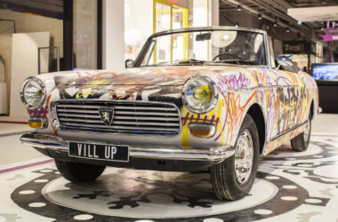 Vill'Up, Paris – Voiture street art - Apsys Pierre Vassal